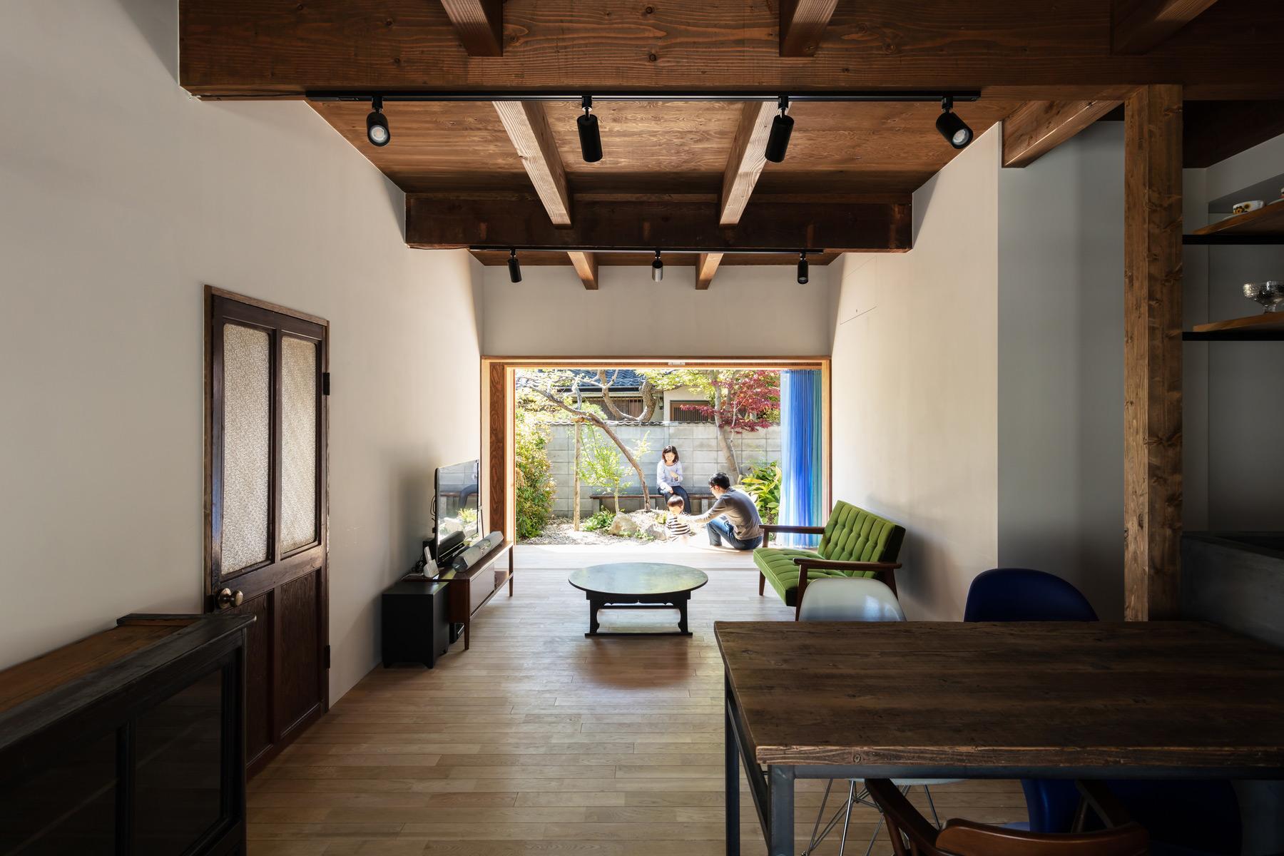 山本嘉寛建築設計事務所|YYAA