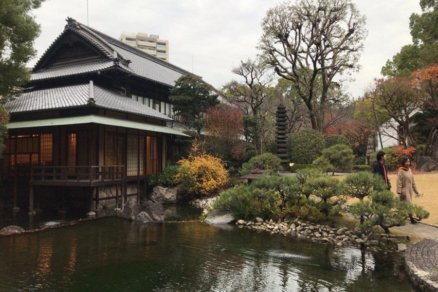 山本嘉寛建築設計事務所|YYAA太閤園と忘年会