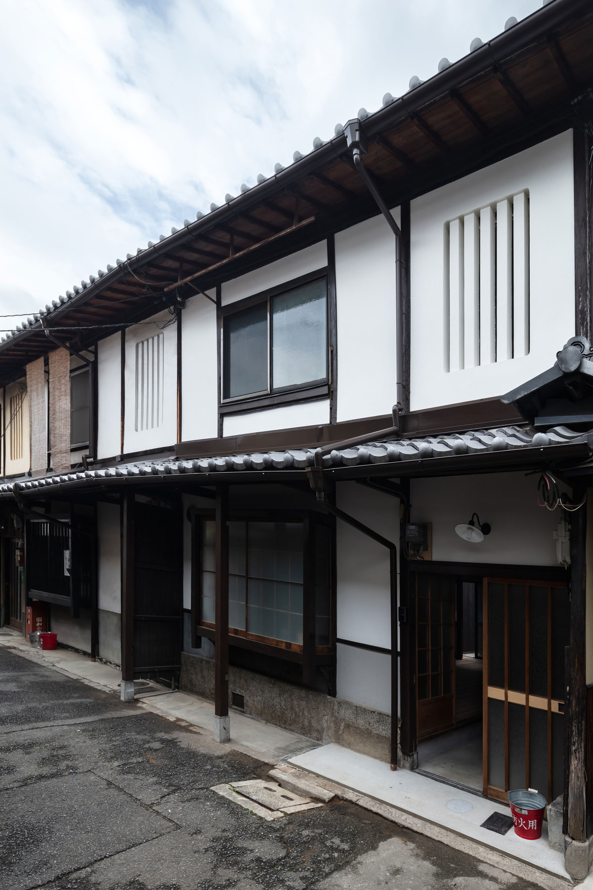 昭和小路の長屋II